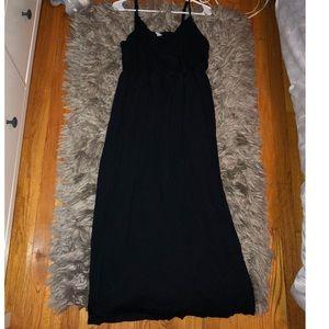 Black V-Neck Crossover Maxi Dress